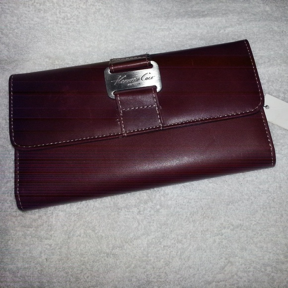 Kenneth Cole Handbags - brown leather wallet